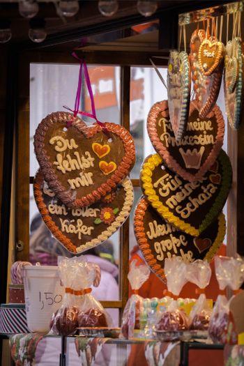 lebkuchern hearts at Christmas market in Meissen