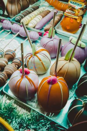 chocolate apples at Potsdam Christmas market