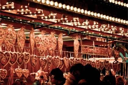 lebkuchen stall at Schmalkalden Christmas Market in Germany