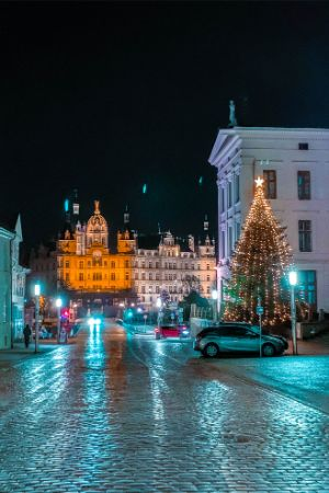 Schwerin castle with Christmas tree