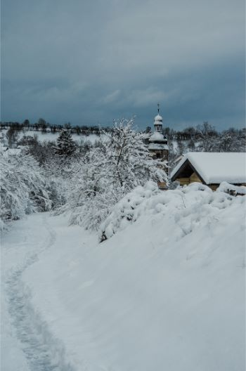 Drackendorf Church covered in snow