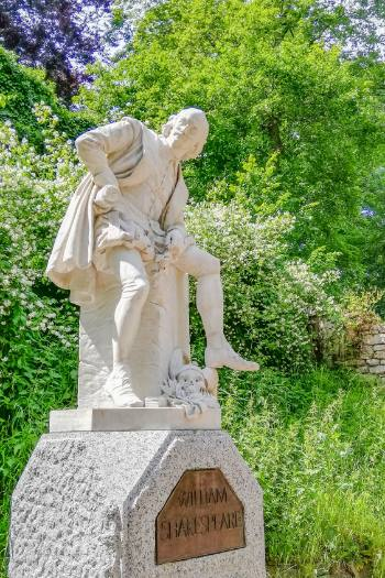 Shakespeare statue in Ilm Park, Weimar, on a summer day